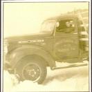 Lemieux Charcoal Co. fait le transport du bois qui entre dans la fabrication du charcoal. Plus de 5 000 cordes de bois franc étaient transportées annuellement aux fours de cette compagnie situés à quelques centaines de pieds du chemin de fer.
