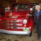 Voici un ancien camion de pompiers qui autrefois a été en opération pendant de nombreuses années dans la petite ville de Weedon. Il est de marque Fargo et de l'année 1952. Il fait actuellement partie d'une collection de camions Fargo de monsieur Gilles Samson, collectionneur lavallois bien connu. Il possède aussi une collection d'autoneiges Bombardier des années 40 et 50 en plus de d'une autre collection d'une vingtaine de béliers mécaniques anciens.