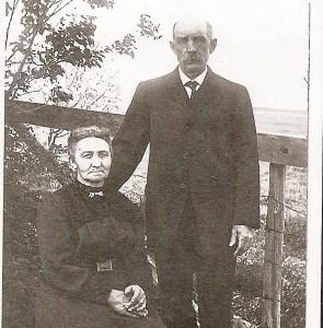 Couple Joseph Després et Élise Fortin. Fille d'Étienne et Adéline Lussier, elle était la soeur de Herménise et de Pierre Fortin