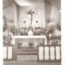 Voici l'intérieur de l'ancienne église de St-Raymond-de-Pennafort photographié en 1947.