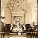 Voici l'intérieur de l'église St-Janvier lors de la fête du Sacré Coeur de Jésus.
