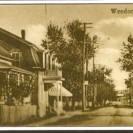 Le magasin de chapeaux de la famille Bourgault se situait en face de la 5e avenue. Nous le voyons photographié en direction de la station.